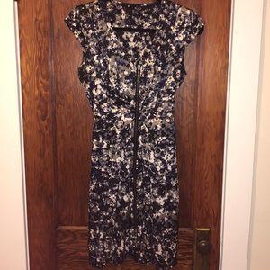 H&M printed zip up dress with cap sleeves
